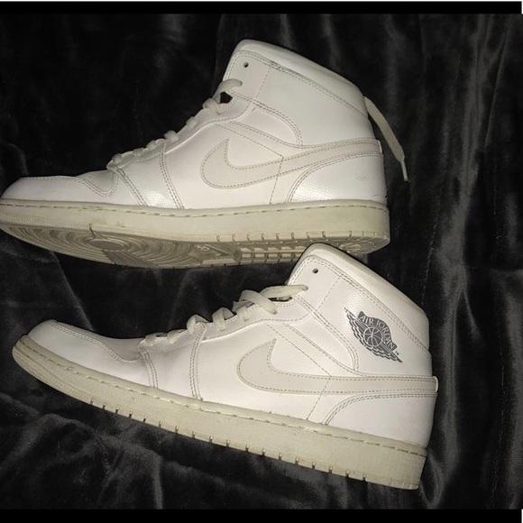 big sale 2733c a2dd4 Jordan 1's all white